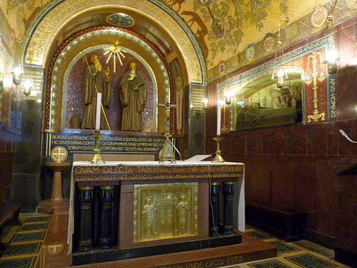 Monte Cassino - the abbey church, crypt