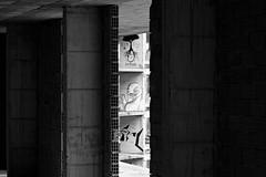 Viste d'arte - art's views (immaginaitalia) Tags: viu valli di lanzo valleys piedmont piemonte torino turin italy italia alpe bianca alp alps white snowpark abandoned abbandonato black bianco nero mono monochrome monocromatico greyscale scal grigi bw bn arte graffiti murales disegni drawings scorcio glimpse