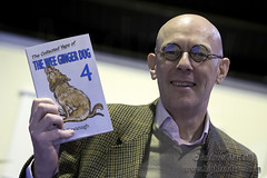 Talk by Paul Kavanagh aka Wee Ginger Dug, Denny, Scotland, Britain - 25 July 2016 (highlandcow) Tags: typical paul kavanagh wee ginger dug denny andrew maccoll wwwhighlandcowcom highlandcow highland cow scotland