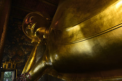 Reclining Buddha Wat Pho Bangkok Thailand (Anoop Negi) Tags: reclining buddha wat pho bangkok thailand gold half monument travel sculpture photo photography anoop negi ezee123