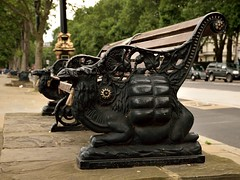 Camels on the embankment (35mmMan) Tags: london urban city capital uk streets nikon d5300 camels bench seat