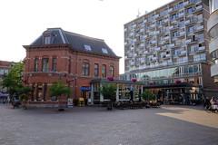 DSCF1371.jpg (amsfrank) Tags: amsterdam oost people candid summer sunshine