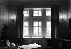 Relaxing Day (C.G. Hutch) Tags: mansion glensheen duluth minnesota