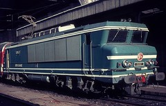 15001  Strabourg  10.05.73 (w. + h. brutzer) Tags: strasbourg eisenbahn eisenbahnen train trains frankreich france railway elok eloks lokomotive locomotive zug 15000 sncf webru analog nikon