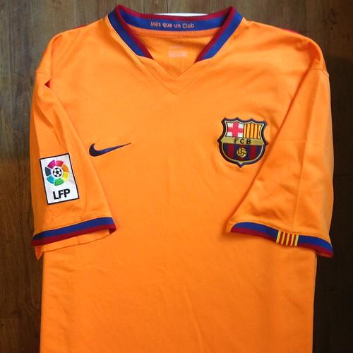 1de7f7e3815 2006-2007 FC Barcelona Away Jersey