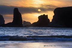 Pacific Sunset (Gary Grossman) Tags: bandonbythesea bandon sunset garygrossmanphotography garygrossman seascape seastacks beach oregonislandsnationalwildliferefuge coast oregoncoast pacificnorthwest northpacific pacificocean ocean shotsofawe sea landscape waterfront shore dusk