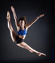 DSC_0672b wm web (Susan Day-Jeschke) Tags: dance contemporary ballet pose posing balletshoes toeshoes jumps leaps leotard skirt barre