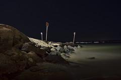 Noche en Bajo Gua (Vctor Franco) Tags: sea espaa night mar spain nikon long exposure play nocturna 1855 vr largaexposicion d3200