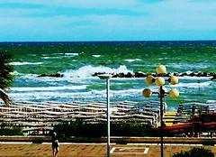 TERMOLI - Molise (pattyconsumilano) Tags: adriaticsea maradriatico spiaggia termoli onda sea mare