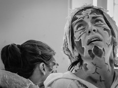 Zaragoza (Alkarinkwa) Tags: show bw woman white black girl pain spain nikon artistic body makeup zaragoza select interpretation actresses