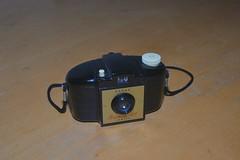 Kodak Brownie 127 (johnpaulwarwick) Tags: camera film vintage lens photography photo kodak shutter bakelite