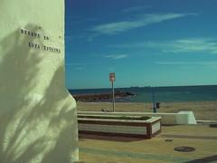 Paseo Martimo y Playa de la Costilla, Rota (Cdiz) (cescabart86) Tags: sea beach mar sand barcos playa arena promenade urbano cdiz turismo urbanismo breakwater rota ocanoatlntico espign paseomartimo bahadecdiz urbangeography equipamientos hidrologa geografaurbana