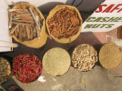 Spice, Spices, Gewürze, India, Indien, Kerala, Kochi, Fort Cochin, Asia, Asien (oksana8happy) Tags: chile copyright india shop asia asien heiconeumeyer chili spice kerala spices chilli cochin indien kochi southindia southasia gewürz copyrighted chilepepper gewürze fortcochin chilischote schote spiceshop driedchili südindien chillischote südasien gewürzgeschäft gewürzhandel gewürzhändler getrocknetechili getrockneteschili