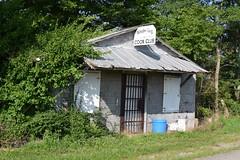 Coon Club (robgividenonyx) Tags: kentucky washingtoncounty abandoned rural