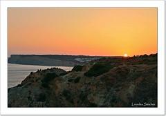 Puesta de sol (Lourdes S.C.) Tags: portugal puestadesol ocaso acantilados elalgarve