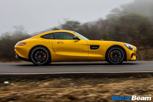 Mercedes-AMG-GT-S-19