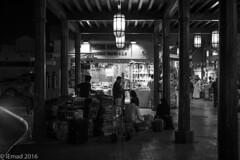 Grand Souk Atmosphere - 06 (EHA73) Tags: leica nightphotography travel blackandwhite bw monochrome dubai traditional uae streetphotography souk deira bazar cultural merchandize grandsouk leicamm aposummicronm1250asph typ246