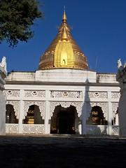 Shwezigon_Paya_ Bagan (12) (Sasha India) Tags: myanmar burma bagan pagan pagoda shwezigon shwezigonpagoda asia buddhism μιανμάρ ταξίδι মায়ানমার ভ্রমণ баган паган бирма мьянма пагода храм буддизм путешествие путешествия подорожі подорож мандри азия մյանմար ճանապարհորդություն ミャンマー 旅行 พม่า การท่องเที่ยว மியான்மார் பயண म्यांमार यात्रा 미얀마