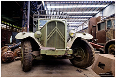 _MTA5699.jpg (Moyse911) Tags: auto usa truck army photo amazing factory fuji tank sam jeep image military picture camion american militaire fou insolite vieux armee oncle urbex amricain hangars xt1 ancetre onclesamurbexauto