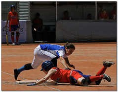 Sofbol - 130 (Jose Juan Gurrutxaga) Tags: file:md5sum=447864a3483846512aad359397659fcb file:sha1sig=cd890e43f8689d0e9b191d547df1d3a7871c21ff softball sofbol atletico sansebastian santboi