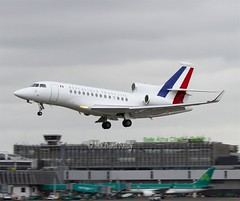 Arme de l'Air (French Air Force)                           Dassault Falcon 7X                           F-RAFB (Flame1958) Tags: 3587 armedelair frenchairforce dassaultfalcon dassault privatejet executyivejet businessjet governmentjet dub eidw dublinairport 210716 0716 2016