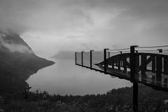 Observation Deck (g_heyde) Tags: troms norwegen no observationdeck senja bergsbotn aussichtsplattform dunst mist sl