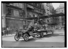 4th July (LOC) (The Library of Congress) Tags: libraryofcongress dc:identifier=httphdllocgovlocpnpggbain27394 xmlns:dc=httppurlorgdcelements11 july41918 loyaltyparade 1918 newyork 5thavenue