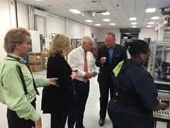Pete Sessions touring the Dallas Lighthouse for the Blind