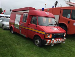 1984 Bedford Fire appliance, Highland and Islands Fire Service (2) (dougie.d) Tags: biggar blackwoodmurray albion rally carshow lanarkshire scotland classics classiccar classiccarshow