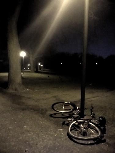 Schillerpark nachts