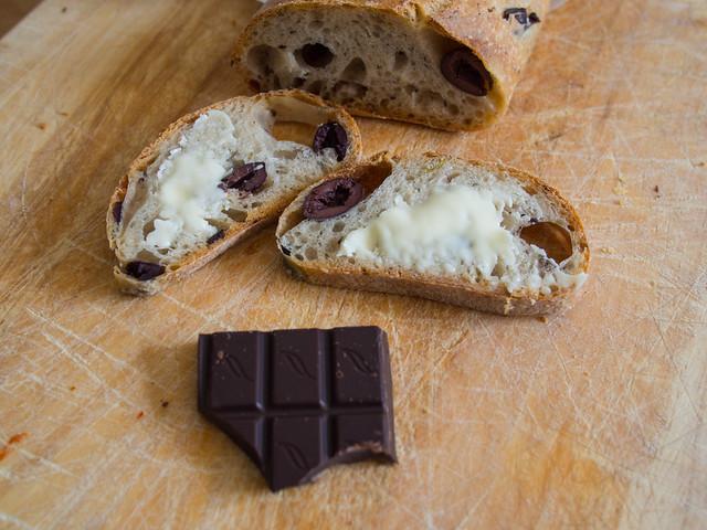 bread chocolate brett fairtrade verydark freshbread 060415 verysmooth 85cocoa brettjordan gailsartisanbakery httpx1brettstuffblogspotcom mixedolivesourdough greenblacksorganicdarkchocolate softenedwithmadagascanvanilla