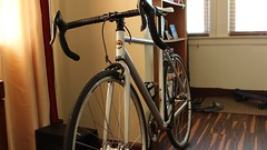 The Landscraper (Robinson Baez) Tags: scenery bicycles fixedgearbikes canont3iepsrebel magiccxp22wheelset fixierecord motobecanefixie