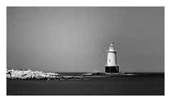 Sakonnet Light in Black and White (mikeyatswb) Tags: sakonnetlight littlecompton rhodeisland lighthouse blackandwhite bw monochrome seascape longexposure goldnbluepolarizer singhrayfilters leefilters leesuperstopper