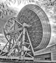 "Radioteleskop Effelsberg • <a style=""font-size:0.8em;"" href=""http://www.flickr.com/photos/7196089@N03/30091877076/"" target=""_blank"">View on Flickr</a>"