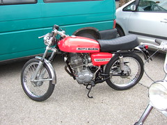 MOTO MORINI Corsaro 125 (John Steam) Tags: austria motorbike moto motorcycle oldtimer omg oberösterreich 125 motorrad attersee morini nussdorf corsaro teilemarkt nusdorf