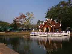 Buddhist Temple Pai, MaeHongSon, Thailand (rodeochiangmai) Tags: water buildings buddhism wat