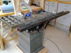 Paul Whatley DIY table saw guide rails