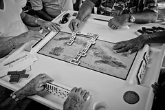 #Miami #USA Hands of good players ! #DominoPark #LittleHavana #Leica #LeicaCamera (albericjouzeau) Tags: miami usa etatsunis blackandwhite hands mains players game jeu domino dominopark littlehavana leica leicacamera