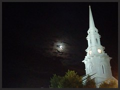 Moonlight (El Alcalde de l'Antartida) Tags: night dark darkness moon sky clouds shadows light steeple tower church newengland newhampshire portsmouth belltower clocktower architecture building historic landmark downtown evening