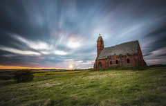 Cottam Chapel - East Yorkshire (Dave Holder) Tags: longexposure sunset church clouds canon chapel sunburst eastyorkshire 1740lf4 cottam canon6d