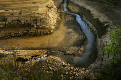 Truyre paisible (rencarrre) Tags: barrage truyre sarrans