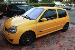 LY 182 27-07-16 003 (AcidicDavey) Tags: liquid yellow renault clio 182 renaultsport ly
