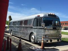 Silver Streak (st_asaph) Tags: vintagebus scenicruiser coach classicbus detroitdiesel gm gmbus