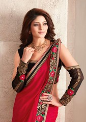 13886902_1060484900700397_1723618920655217974_n (royaltouchtrends) Tags: ambika sarres