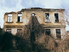 (Sakis Dazanis) Tags: ruins olympus oldhouse omd filmlike em5 sakisdazanis dazanis