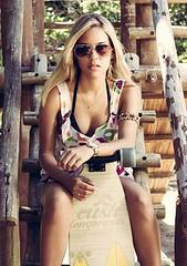 Sk8... Skate girl... (longboardsusa) Tags: usa girl skate skateboards sk8 longboards longboarding