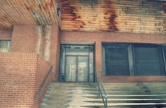 Up the Stairs... (Nicholas Eckhart) Tags: usa retail mi mall dead us michigan detroit departmentstore former northland stores southfield jcpenney 2015 northlandcenter