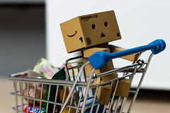 Shopping time! (David Go ~) Tags: david shop mall shopping toys big fig small go mini eat figure spielzeug spiel einkaufen danbo revotech danboard