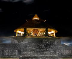Cinq étoiles mayas/Mayan Five-Star/Cinco estrellas mayas [Explore] (Elf-8) Tags: mexico temple hotel ruins maya yucatan fivestar