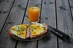 125:365 (stjernesol) Tags: morning breakfast juice eggs morningtime 365project 125365 morningsarethebesttimeofday yellowisahappycolour andaglassoforangejuice simplebreakfastthismorning justeggsandbread whentheworldisslowlywakingup yellowbliss
